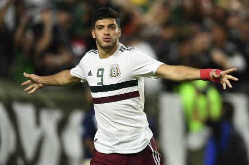 Jiménez celebra un gol con el Tricolor